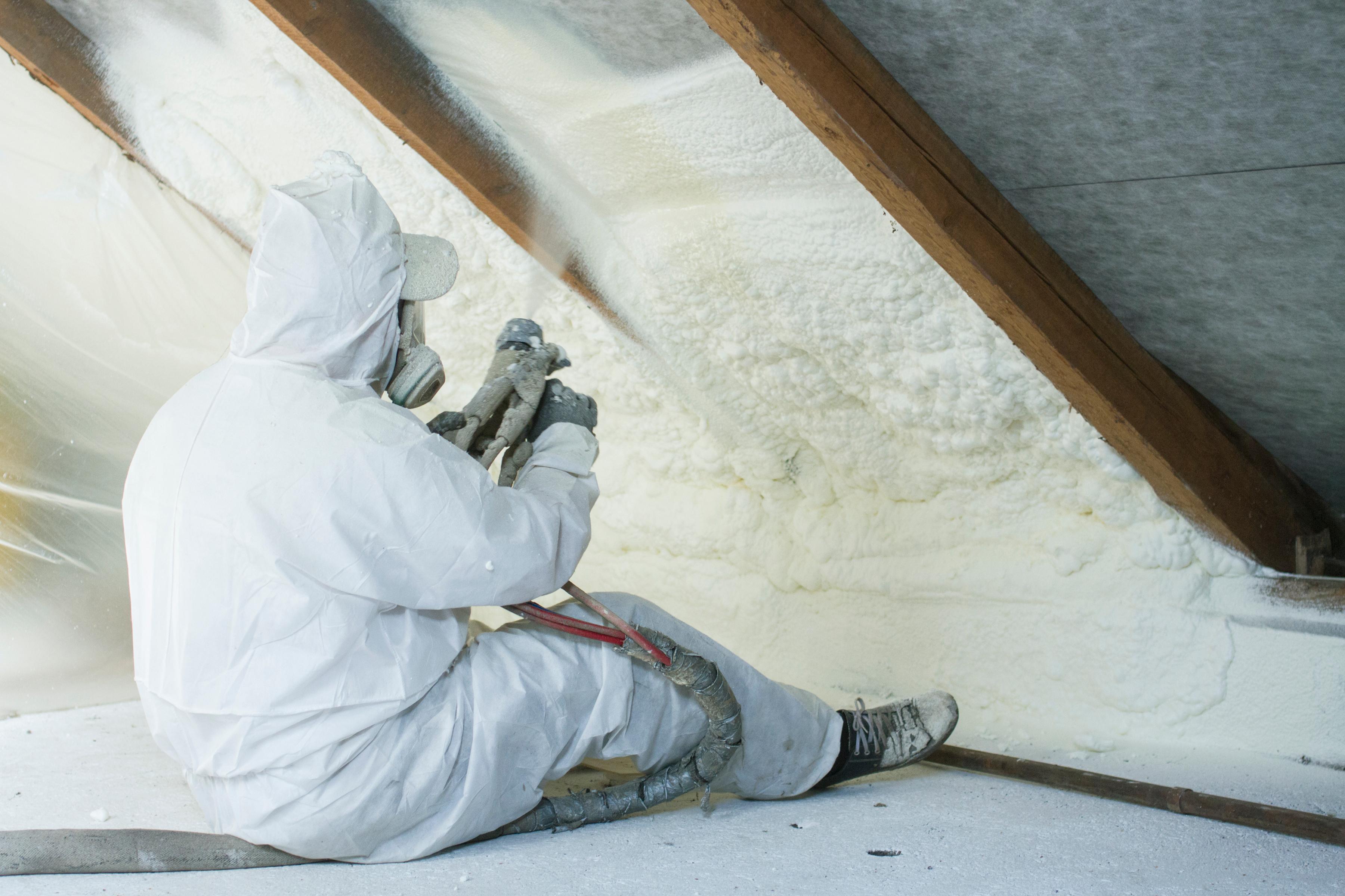 2-Polyurethane-foam-insulation-construction