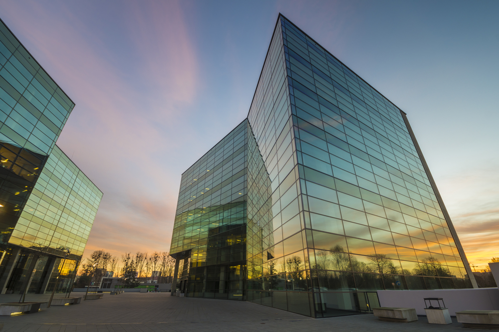 modern-and-design-glass-buildings