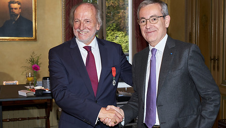 Patrick Maestro  and Jean-Pierre Clamadieu