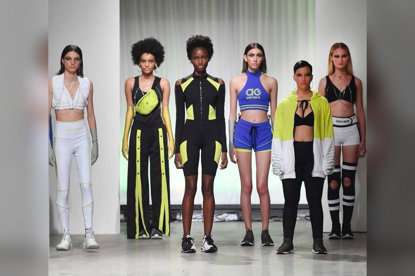 Models wearing smart fibers