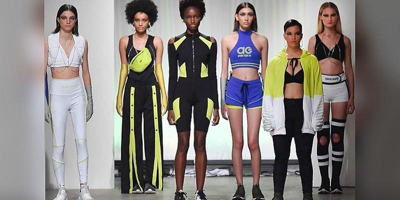 Models wearing smart fibers clothing - DE